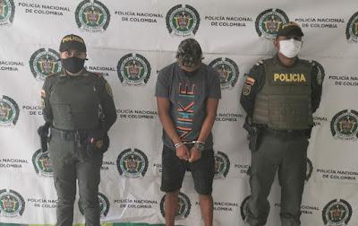 https://www.notasrosas.com/En la vía Riohacha - Valledupar, lo capturan cuando agredía a su pareja