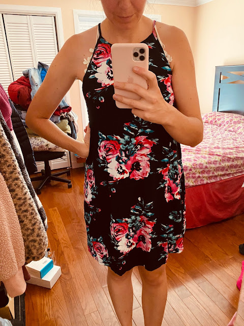 amazon clothing, amazon dress, amazon outfits to wear, cheat clothing, cute outfits, floral dress, how to style a floral dress, Outfits,