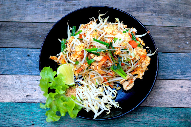 Pad Thai Food Travel Blogger Photography Chiang Mai Thailand