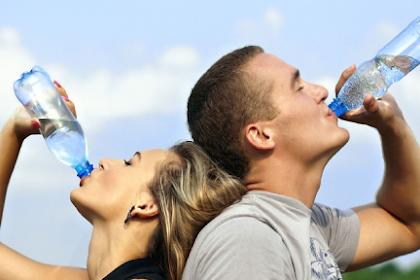 Sudah Tahu 7 Waktu Paling Tepat guna Minum Air Putih Ini?