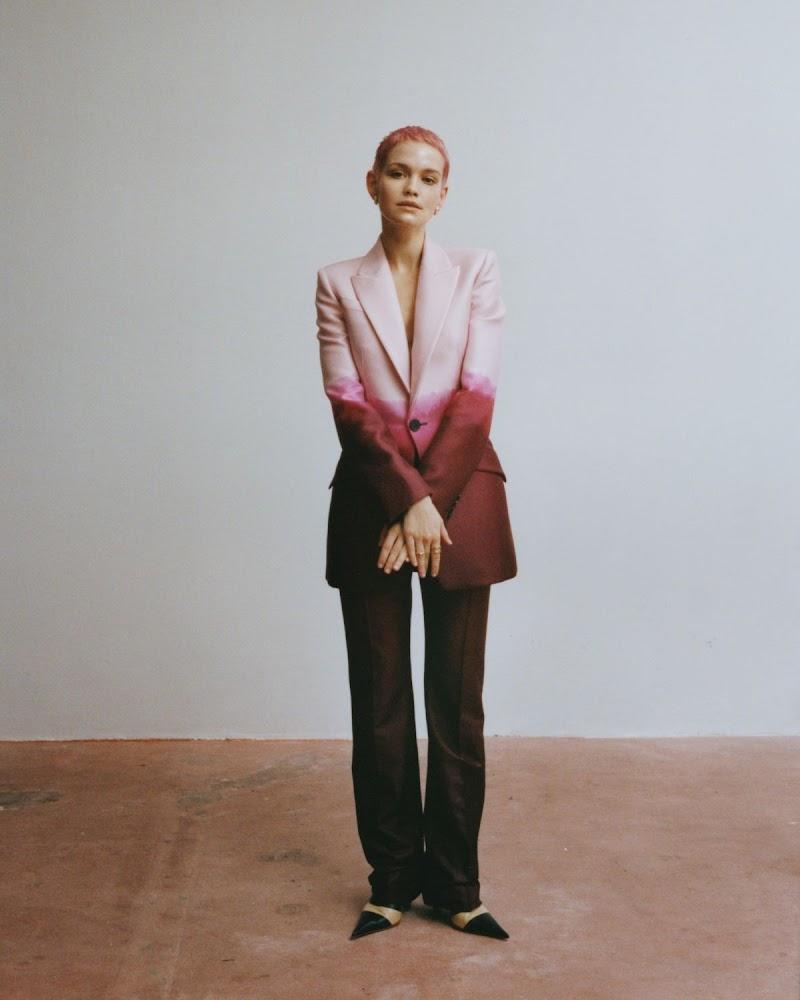 Emilia Schüle Clciked for Vogue Magazine, Germany April 2021