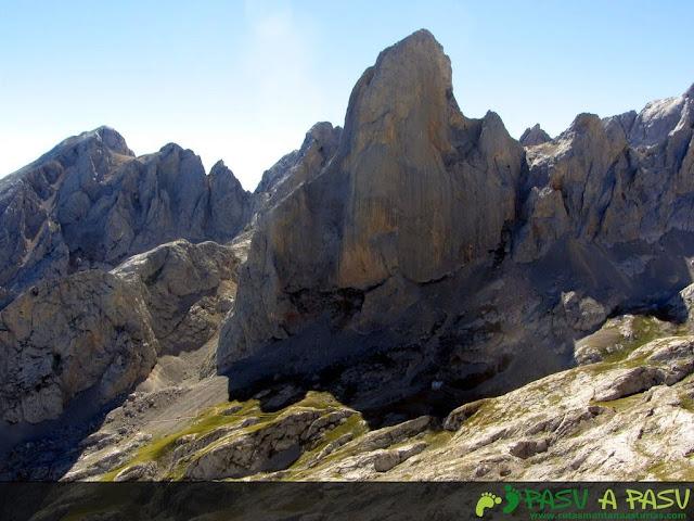 Pico Urriellu desde la Corona del Rasu