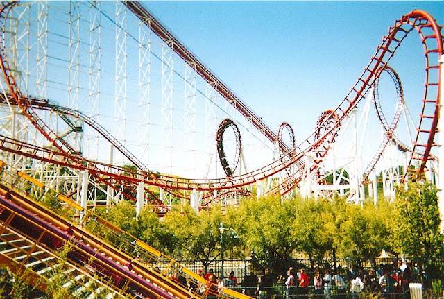 Parque Six Flags Magic Mountain Califórnia na Califórnia