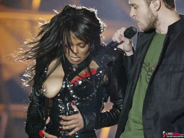 Janet jackson mell villantása 2004