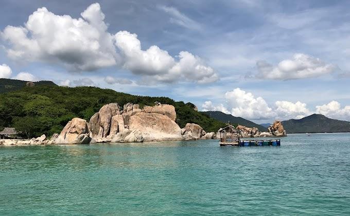 Chia sẻ chút kinh nghiệm đi du lịch biển Bình Hưng - Cam Ranh