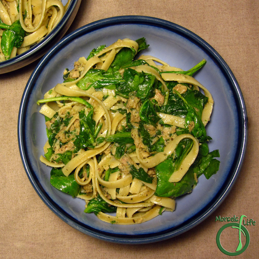 Morsels of Life - Spinach and Tuna Fettuccine Alfredo - A quick and easy (skinnier) Fettuccine Alfredo with Italian seasoned tuna and spinach.