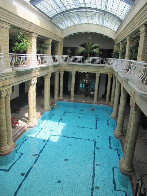 balnearios Budapest, baños termales budapest, piscinas cubiertas, Gellert