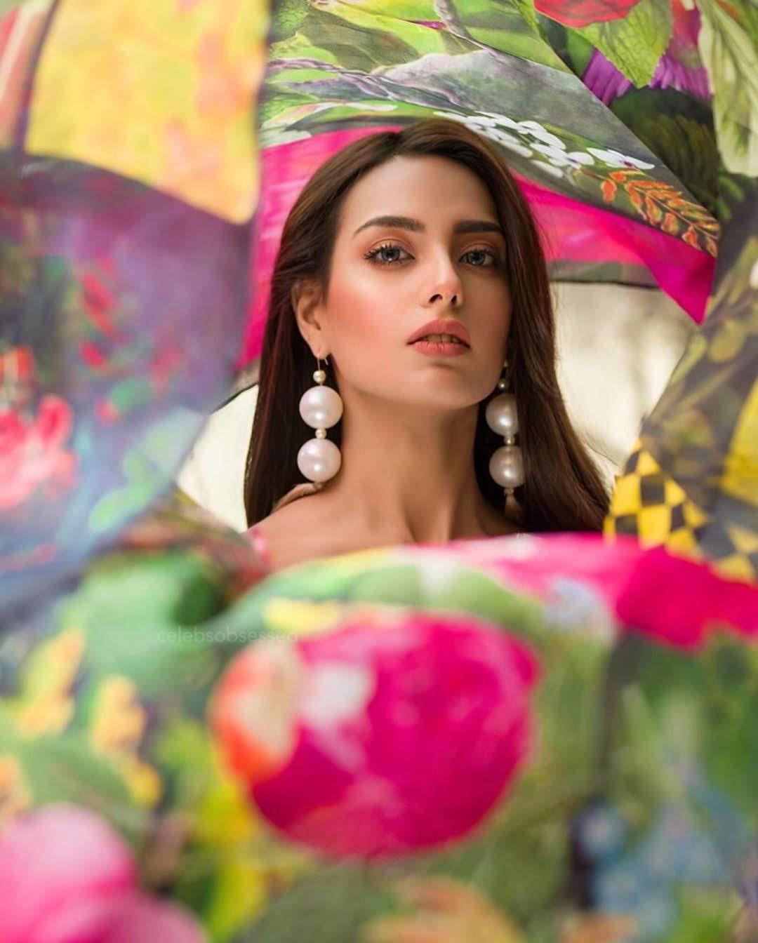 Iqra Aziz Awesome New Colorful Photoshoot