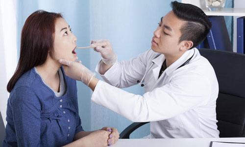 treat the sore throat