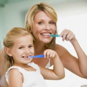 Cara Memutihkan Gigi Secara Alami Dan Aman  c672942c13