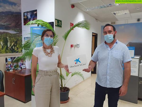 """El Ayuntamiento de Tijarafe, en colaboración con la Fundación """"la Caixa"""" y CaixaBank, dota de nuevo mobiliario al Centro de Día"""