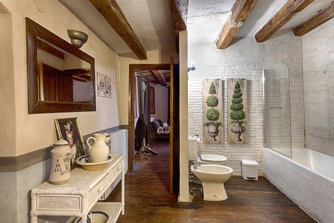 Bathroom Deluxe Masia Costa Brava