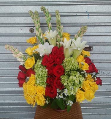 Contoh bunga meja