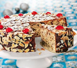 Vanilla and marzipan cake recipe