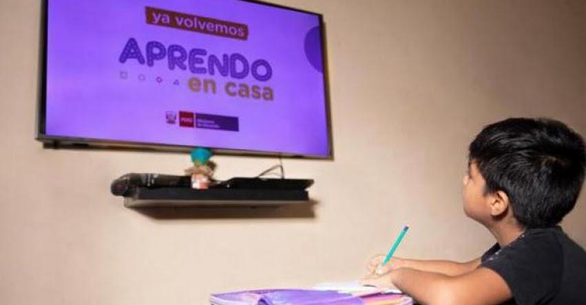 «Aprendo en Casa» no es 100% efectivo, indica exministro Daniel Alfaro