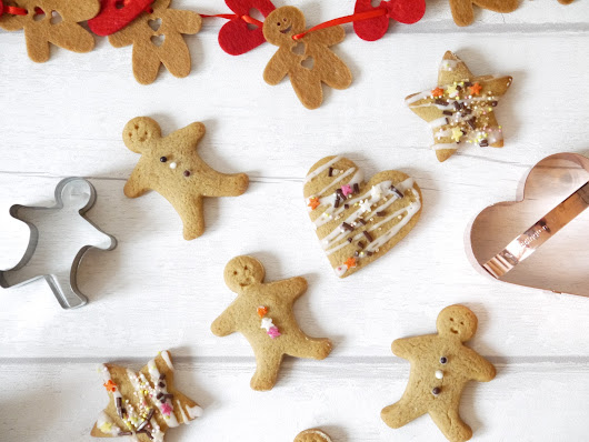 Jazzy Gingerbread Cookies | The Betty Stamp