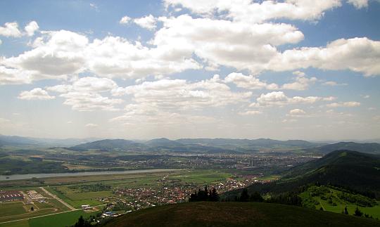 Góry Strażowskie (słow. Strážovské vrchy).