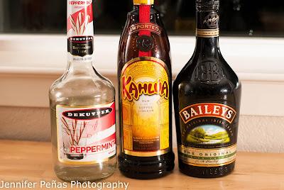 christmas cookie, christmas cocktail, Baileys, Irish cream liqueur, Kahlua, coffee liqueur, peppermint schnapps