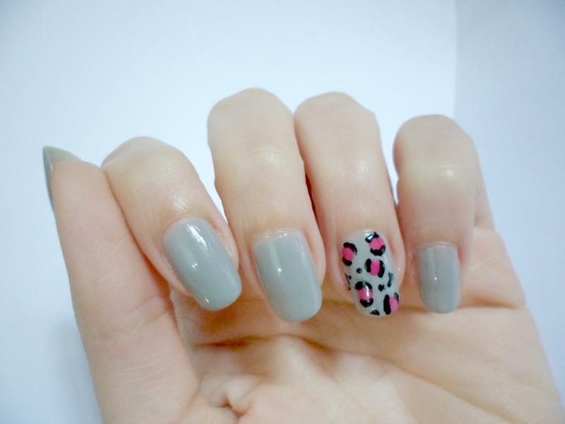 NOTD: Grey With Leopard Print