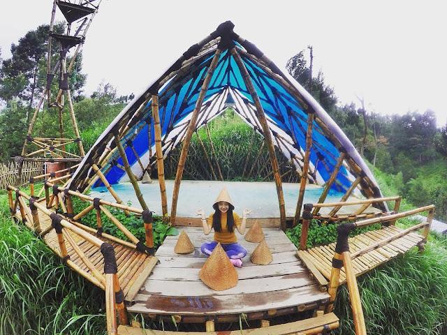 Wisata Oemah Bamboo Dilereng Gunung Merapi New Selo