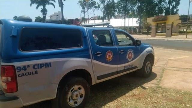 Idoso morre após ser empurrado e bater cabeça no chão durante briga de trânsito em Caculé
