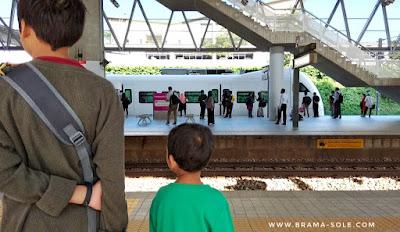Menunggu KLIA Transit Ke Putrajaya