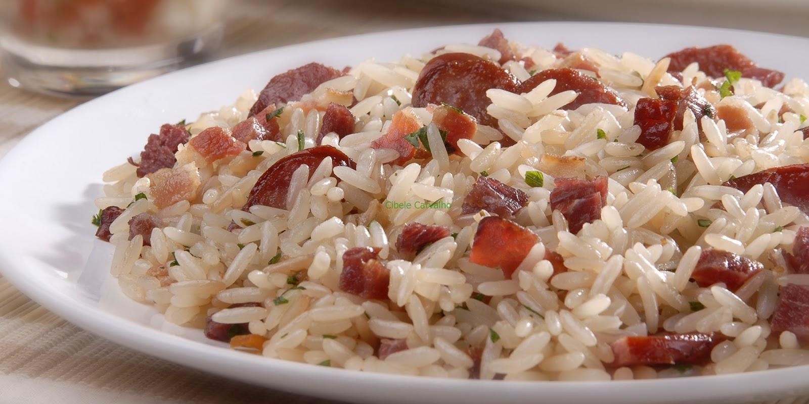 Que tal um arroz de carreteiro saboroso para o almoço