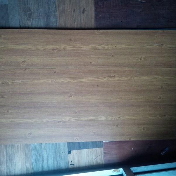 keramik lantai motif serat kayu