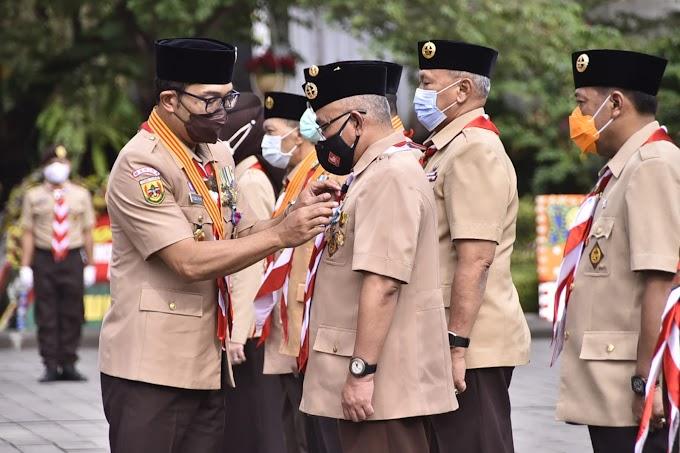 Walikota Depok Dapat penghargaan Lencana Panca Warsa