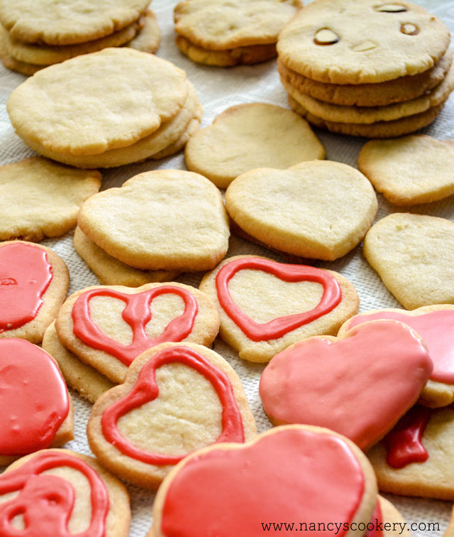 Classic Sugar Cookie with icing Recipe