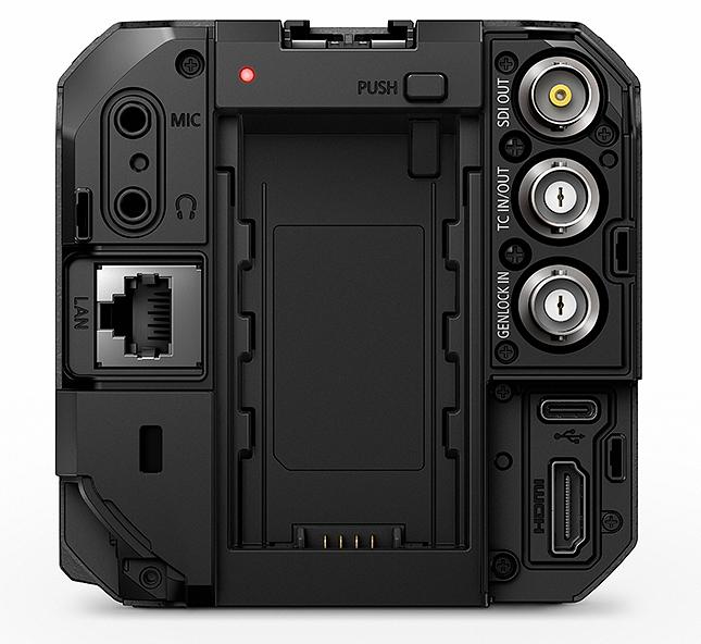 Порты ввода/вывода в камере Panasonic Lumix BS1H
