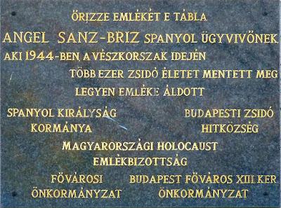 placa-memoria-ángel-sanz-briz-budapest