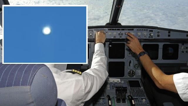 Πιλότοι καταγράφουν βίντεο «εξαιρετικά φωτεινού UFO» κατά την πτήση στο Πακιστάν (video)