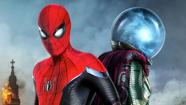 Spider-Man: Far from Home Tom Holland Accuses Sony of Photoshopping His Head on Tobey Maguire's Body for the Far From Home Poster