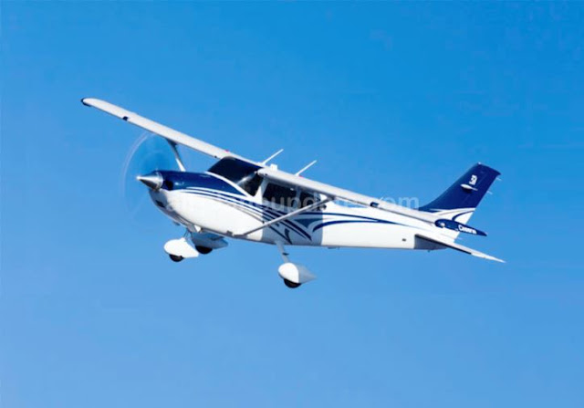 Cessna Skylane light sport aircraft