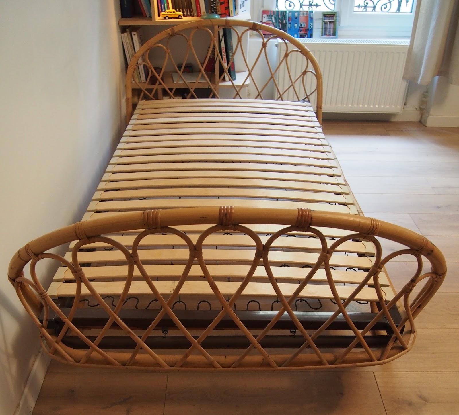 lit en rotin haute qualit rotin vritable lit rotin art lit double lits rotin lit rotin lit. Black Bedroom Furniture Sets. Home Design Ideas