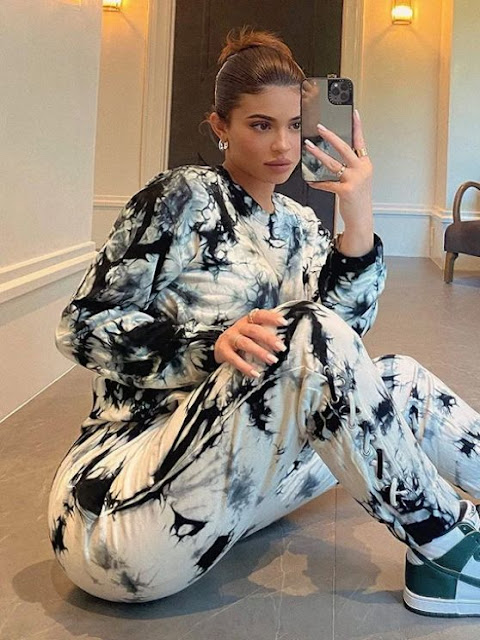 kylie jenner outfit 10 19 2020 0