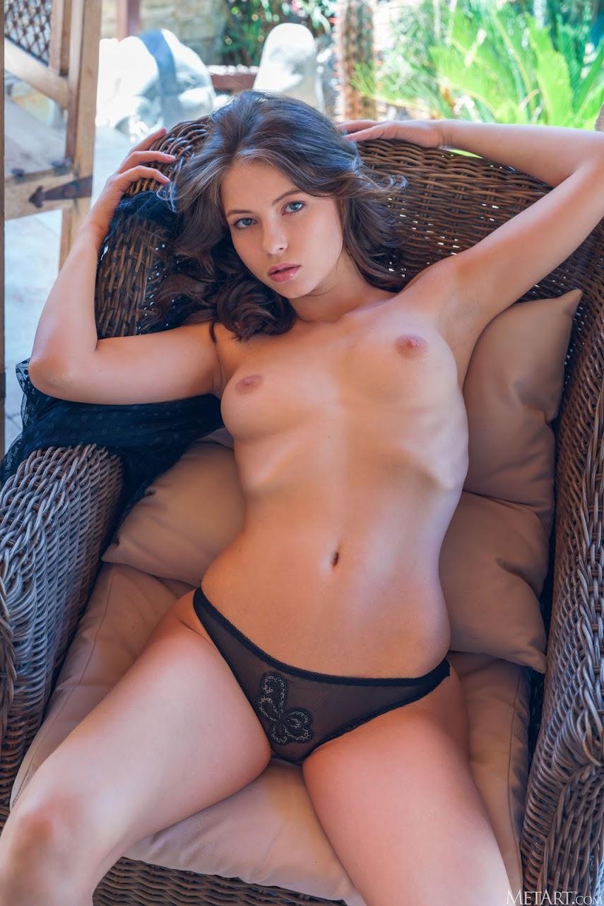 1393544987 [Met-Art] Hilary C - Sexy Sass