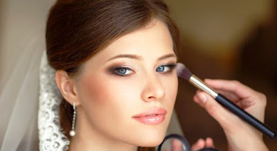How to Do Makeup For a Party at Home This Christmas Best Tips