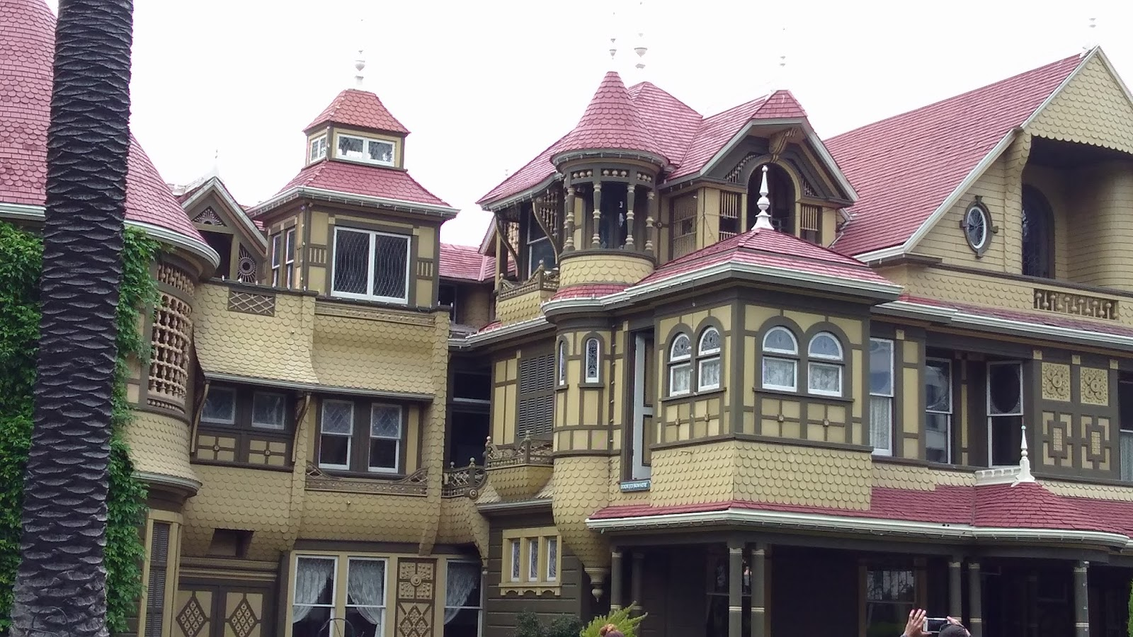 What you don 39 t know about t the winchester mystery house for The winchester house