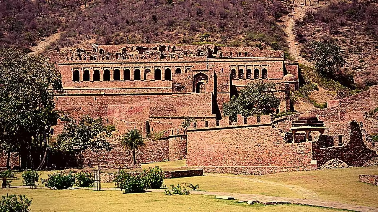 Haunted Place Bhangarh Fort, Rajasthan