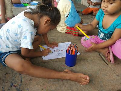 Niños y niñas en Iquitos