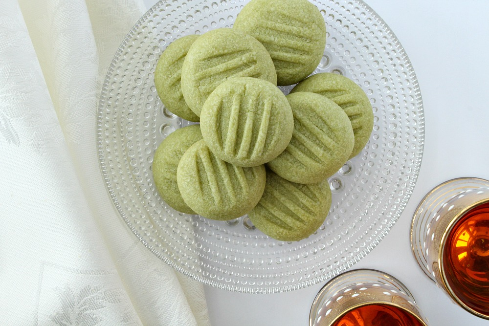Grinch cookies // Green cookies for Christmas
