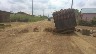 Kerusakan Jalan Provinsi, Bupati Romi Harapkan Segera Diperbaiki