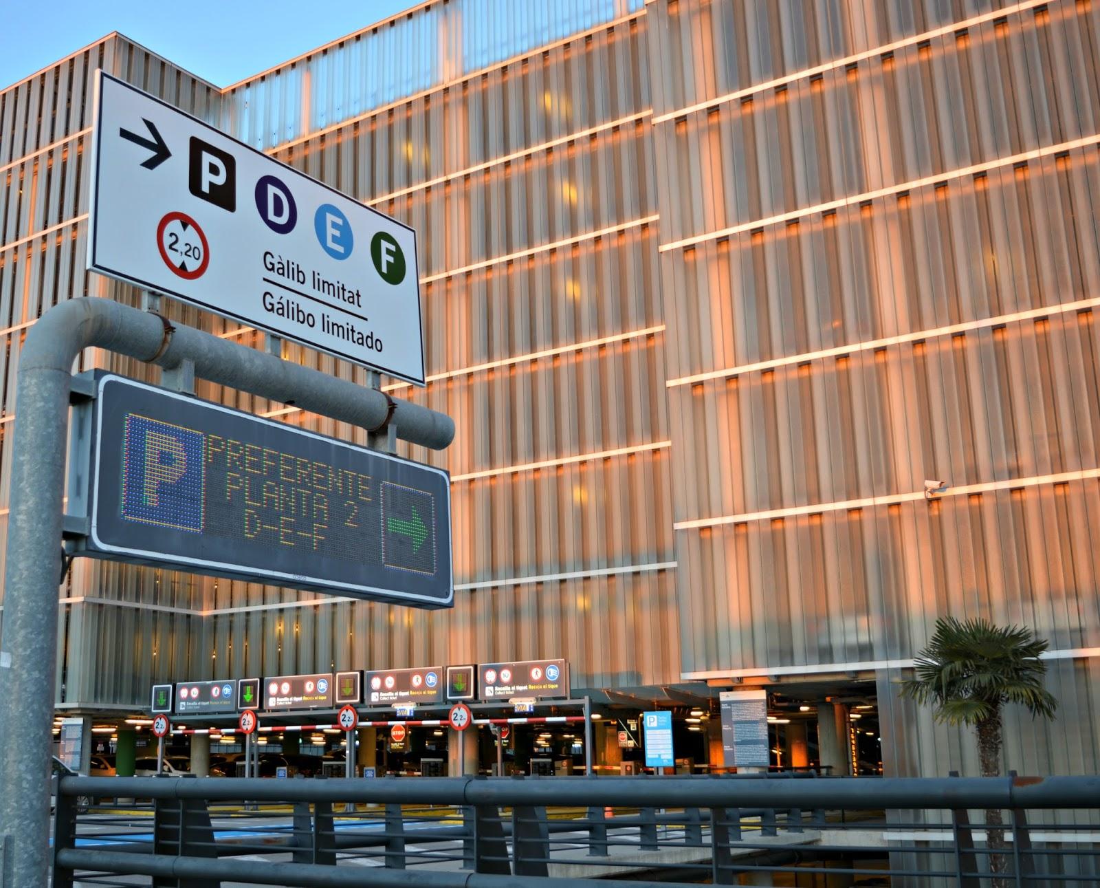 Nuevo servicio de parking preferente en la terminal t1 del - Comprar parking en barcelona ...