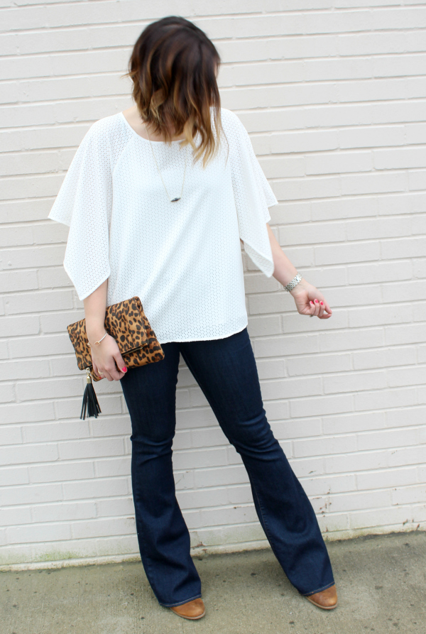 cuddy studios, mom style, mom blogger, flare jeans, leopard clutch