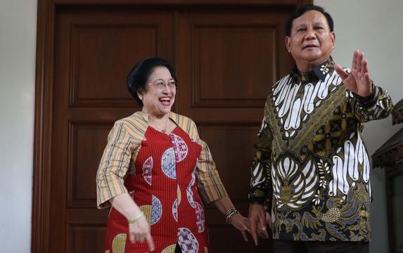 Sinyal Positif Demokrasi Pasca Pilpres Menghadirkan Romantisme Megawati, Prabowo dan Jokowi