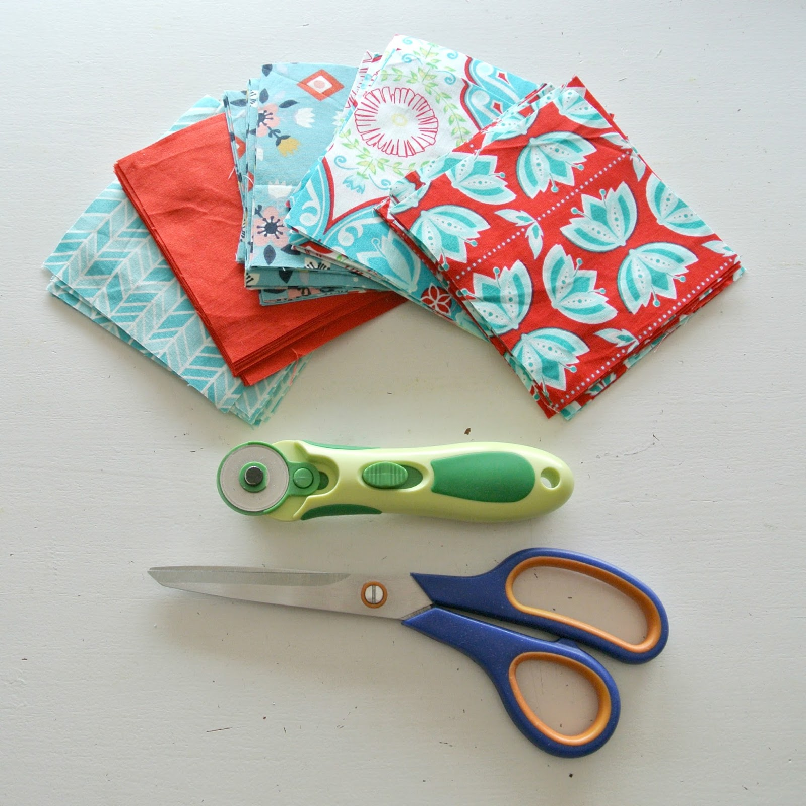 By miekk easy quilt sewalong dag 1 stof knippen for Quilt maken met naaimachine