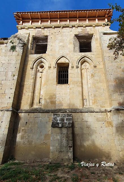 Ventanas de la iglesia Monasterio de Rioseco