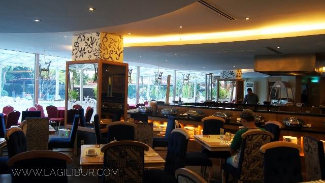 Narendra Restaurant The Sunan Hotel Solo